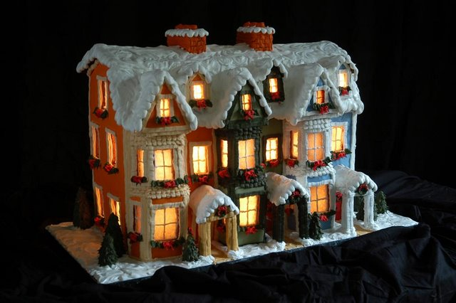 Gower Street Christmas gingerbread house