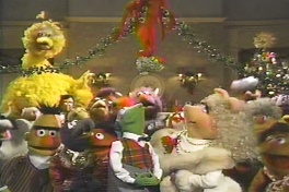 Muppet Family Christmas.Muppet Family Christmas Hang On To It If You Ve Got It