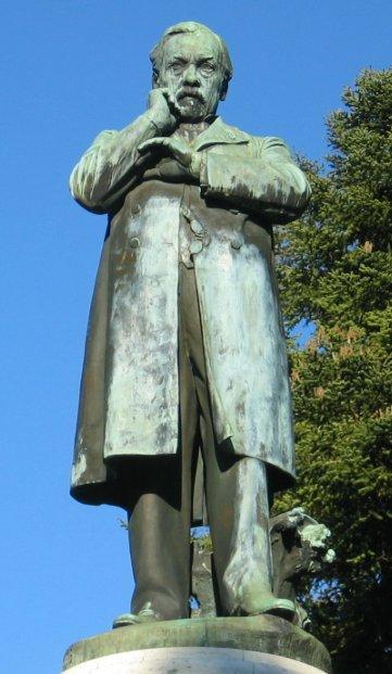 Louis Pasteur statue