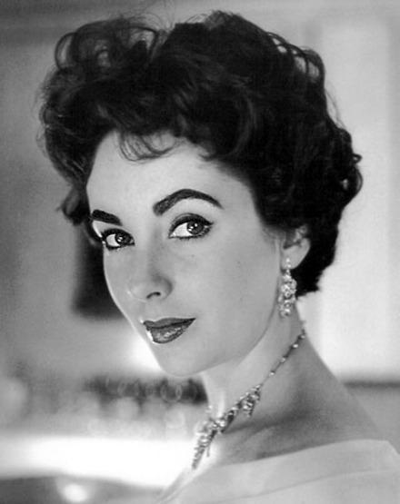 Elizabeth Taylor black and white