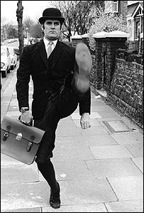John Cleese Silly Walks