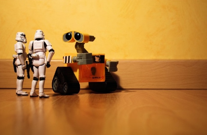 Stormtroopers and WallE