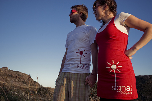 Signal Tshirt and dress