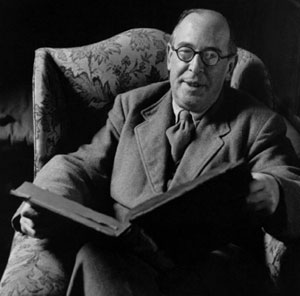 CS Lewis with book