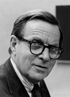 Lewis Thomas scientist
