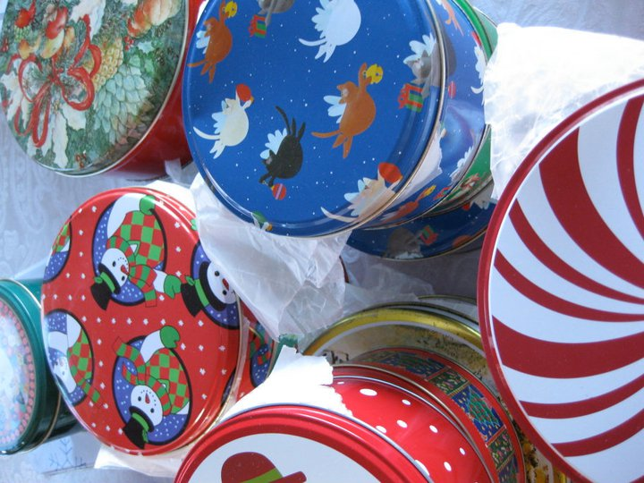 Christmas cookie cans