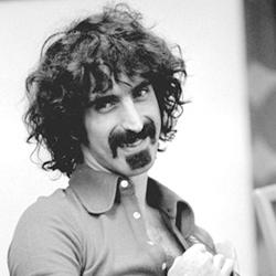 Frank Zappa bw