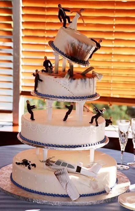 James Bond wedding cake
