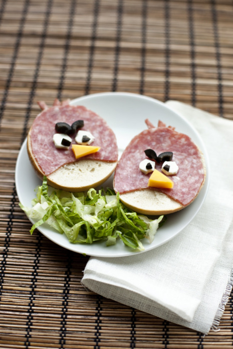Angry Birds salami sandwiches singenio tumblr