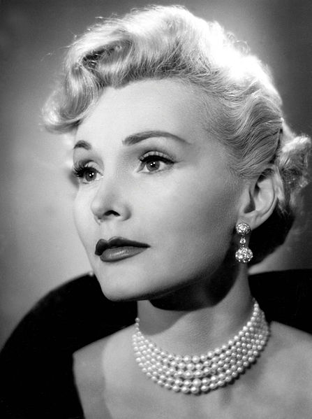 Eva Gabor in pearls