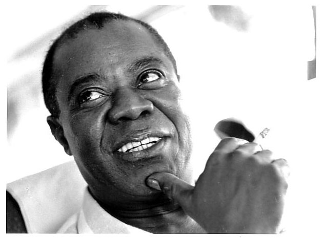 Louis Armstrong smiling cigarette black and white