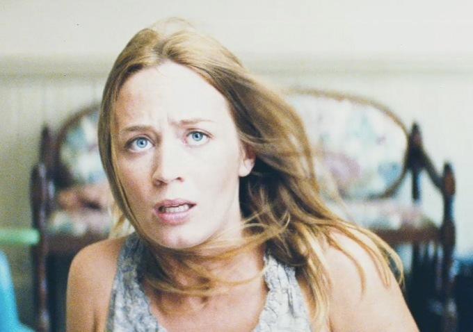 Emily Blunt Looper