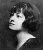 Dorothy_parker_black_and_white