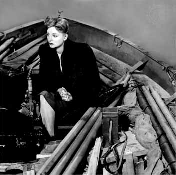 Tallulah_bankhead_in_boat_large