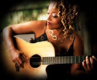 Cassandra_wilson_with_guitar