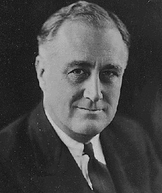 Franklin_d_roosevelt_black_and_whit