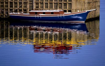 Blue_boat_from_scenes_and_things