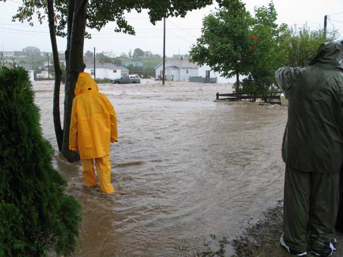 Stephenville_flood_street