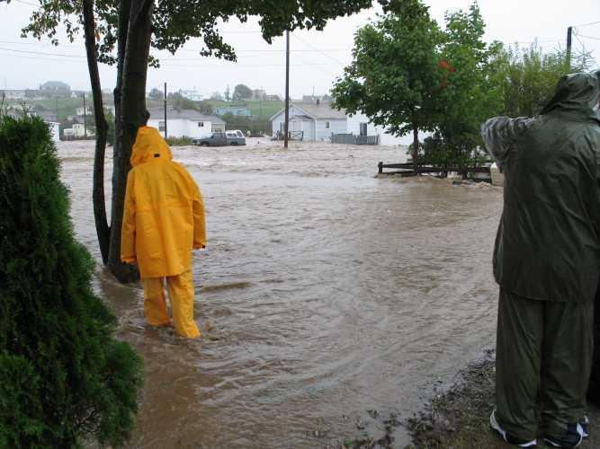 Stephenville_flood_street